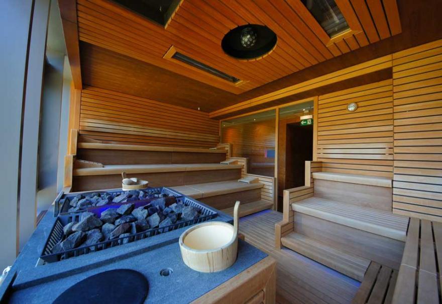strapon forum sauna mainaschaff öffnungszeiten